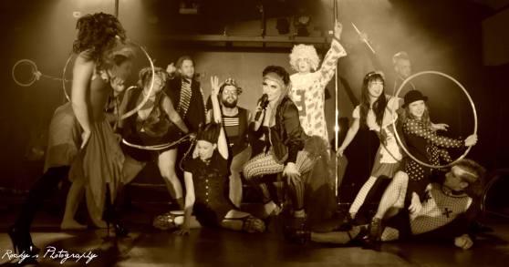Wandering Circus group_Stilletos